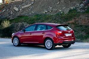 Ford Focus 1 : rijtest en video ford focus 1 6 ecoboost ~ Melissatoandfro.com Idées de Décoration
