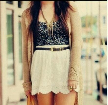 Girly outfits on Tumblr