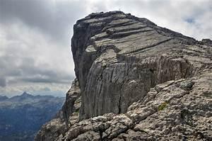 Steep Rock Cliff #4245813, 1600x1058