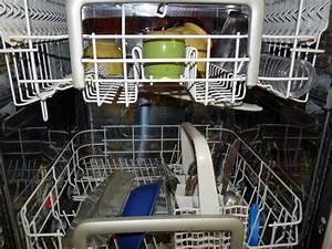 Comment Nettoyer Lave Vaisselle : comment nettoyer son lave vaisselle en 3 tapes ~ Melissatoandfro.com Idées de Décoration