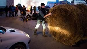 Info Trafic Rn 165 : des agriculteurs en col re mobilis s vannes et caen ~ Medecine-chirurgie-esthetiques.com Avis de Voitures