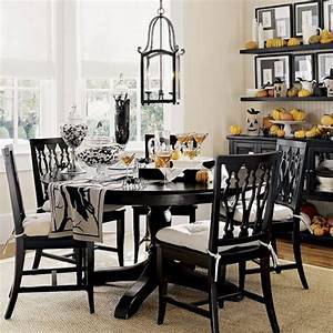 Impressive ideas to your modern black and white dining for Modern dining room black and white