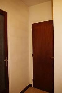 Degagement vers chambre et garage a peindre help couleurs for Porte de garage et porte interieur chambre