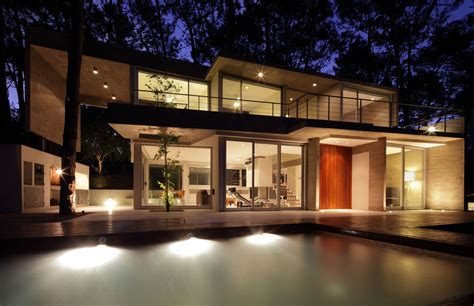 evening lighting modern concrete house  carilo