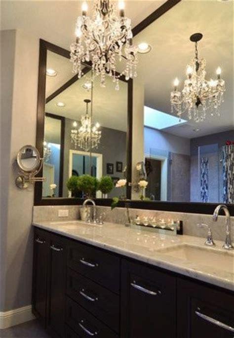 lustre 224 pilles de cristal dans la salle de bains contemporain salle de bain grenoble