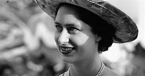 'The Crown': Was Princess Margaret's life really full of ...  Margaret