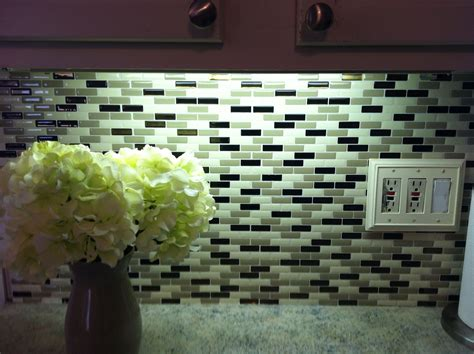 Peel N Stick Tile Backsplash : Peel N Stick Tiles For Backsplash