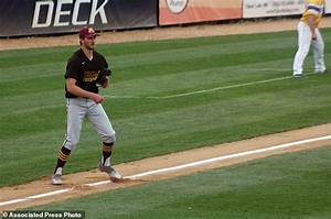 For college pitcher Parker Hanson, one hand enough to ...