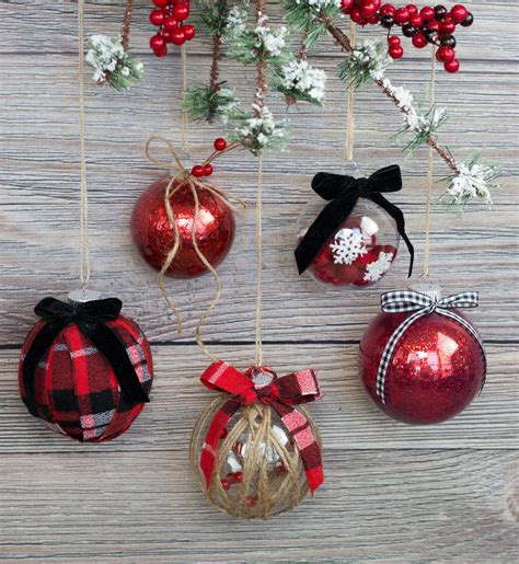 easy ways  decorate  clear christmas ornament