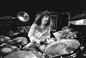 When Falls the Coliseum » Photo of Neil PEART and RUSH