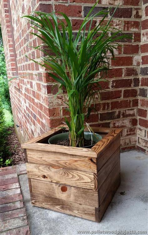 pallet planter box pallet planter ideas pallet wood projects