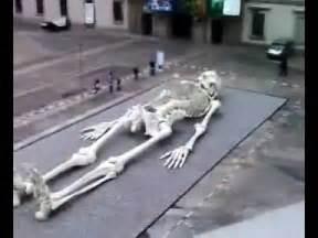 Giant Human Skeletons Found