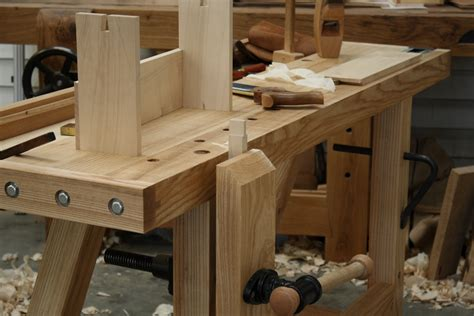 Woodworking Bench by Small Woodworking Bench The Tool
