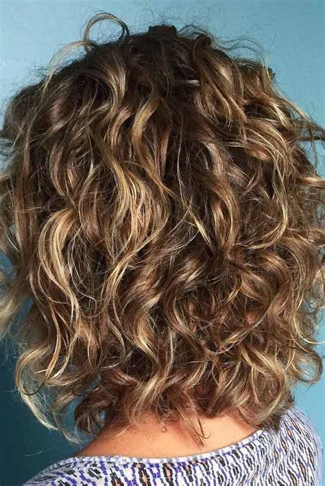 best 25 medium length wavy hairstyles ideas on pinterest