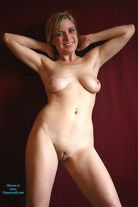 Naked Blonde Amateur May Voyeur Web Hall Of Fame