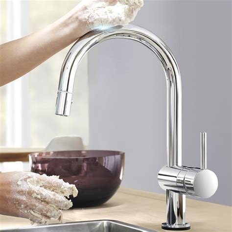 accessoire robinet cuisine magasiner robinets de cuisine évier accessoires et plus