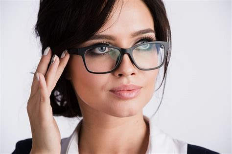 Who Invented Glasses Sophisticated Edge