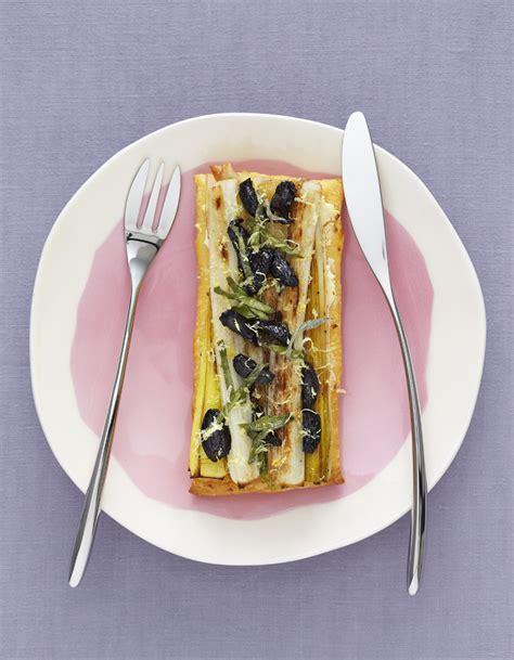 recette de cuisine legere tarte l 233 g 232 re aux poireaux pour 4 personnes recettes