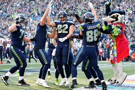 nfl monday night  time tv channel   seattle