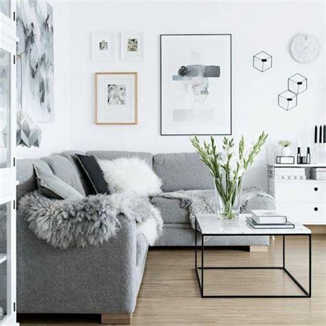 canap convertible gris un salon en gris et blanc c 39 est chic voilà 82 photos qui