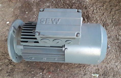 Vand Motor Electric Trifazat by Motor Electric Trifazic 0 75 Kw 1380 Rpm 1680 Rpm