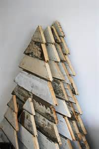 turn a wood pallet into a christmas tree home design garden architecture blog magazine