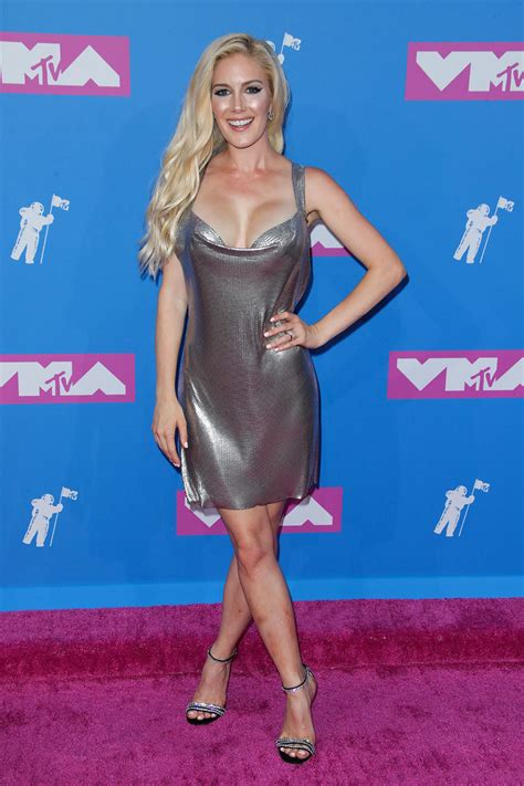 Mtv Video Music Awards Red Carpet Photos Kylie