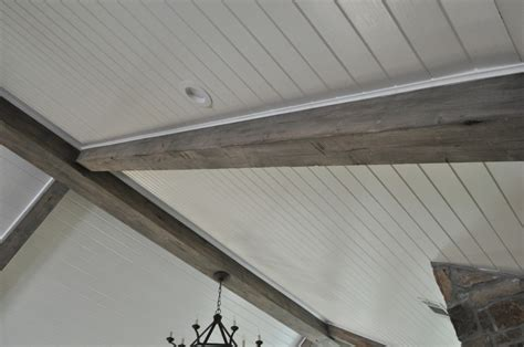 Decoration: Faux Wood Beams Made Of White Cement ? Hungonu.com