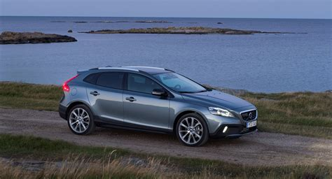 Volvo V40 Cross Country Picture by Volvo V40 Cross Country Model Year 2016 Volvo Cars