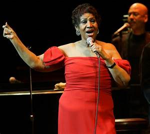Stage Buzz – Live Review: Aretha Franklin : Illinois ...