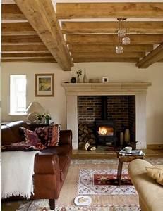 les 25 meilleures idees concernant cheminees rustiques sur With deco maison avec poutre 8 1001 conseils et idees pour amenager un salon rustique