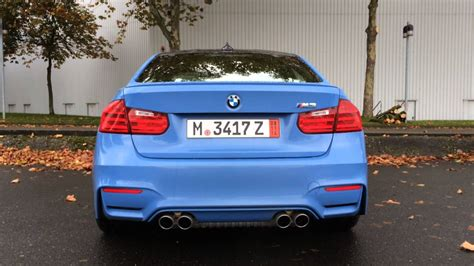 bmw  start   revving yas marina blue ymb