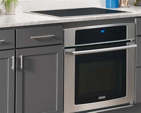 Under Counter Oven With Cooktop