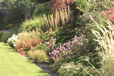 walled garden  glenarm castle