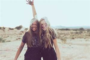 Tend And Befriend  How Female Friendship Helps With