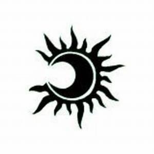 Lune Dessin Tatouage : lune soleil projet tattoo pinterest lune soleil lune et soleil ~ Melissatoandfro.com Idées de Décoration