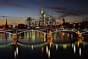 Skyline Frankfurt Bild : frankfurt skyline night foto bild deutschland europe hessen bilder auf fotocommunity ~ Eleganceandgraceweddings.com Haus und Dekorationen