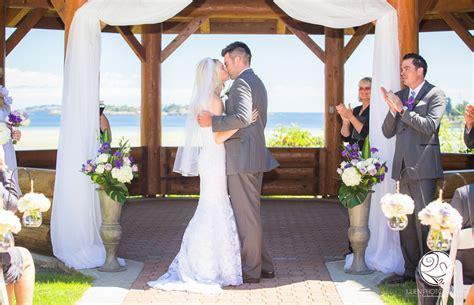 nanaimo parksville tofino wedding photographers vancouver island devin ali at