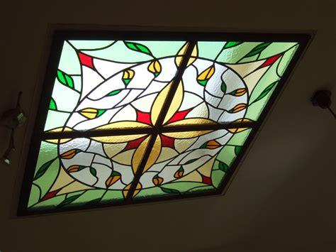 lichtkoepels in glas glas in lood voorbeelden ontwerpen deuren ramen