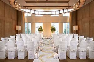 Las vegas wedding venues mandarin oriental las vegas for Wedding suites las vegas
