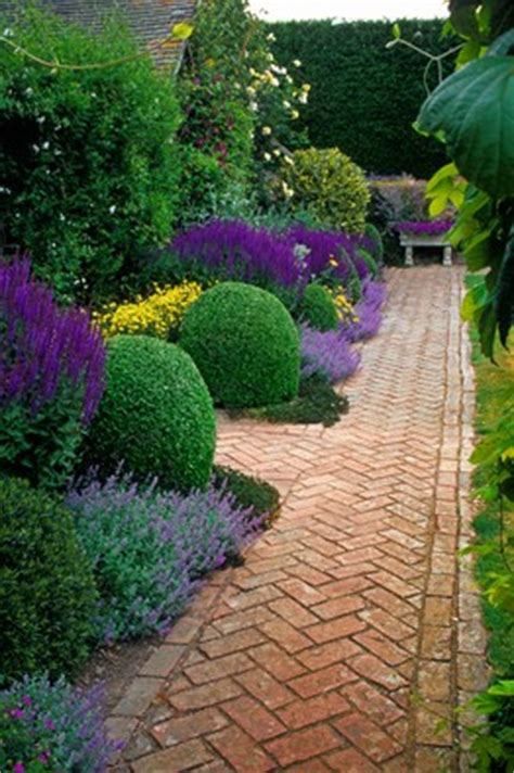 types of garden paths which type of garden path is right for you weekend gardener wsj