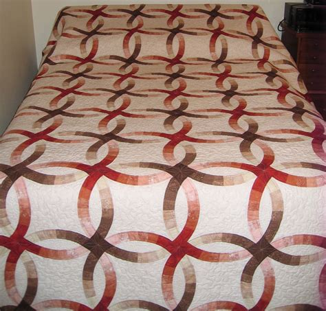 wedding ring quilt i the flow of colors and