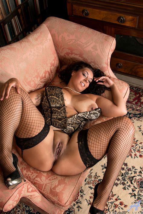 Hot Milf Anastasia Lux In Sexy Fishnet Stockings Nylon