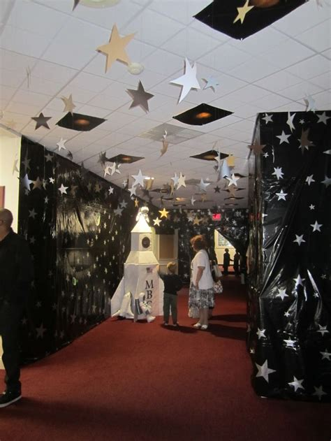 Best 25+ Outer Space Decorations Ideas On Pinterest