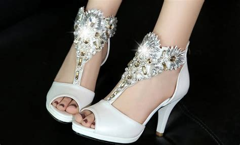 Ps0589 Luxury Shimmering Rhinestones Ankle Sandals, Size