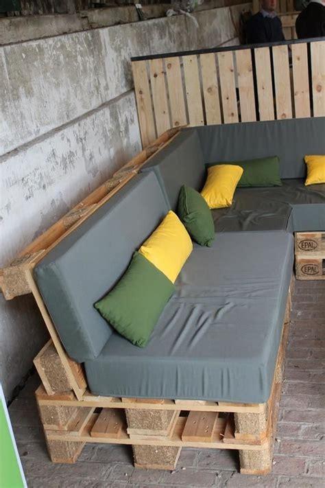 fabriquer canap soi meme construire un salon de jardin en bois de palette