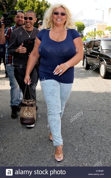 beth smith chapman wife of 39 dog the bounty hunter 39 seen leaving the stock photo royalty free