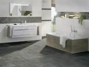 fliesen im badezimmer moderne badideen für fliesen archzine net