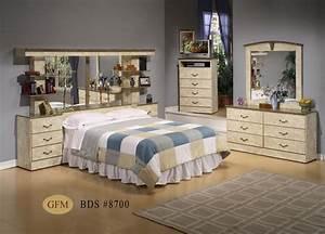 Creative headboard designs for a stylish bedroom for Bedroom set with mirror headboard
