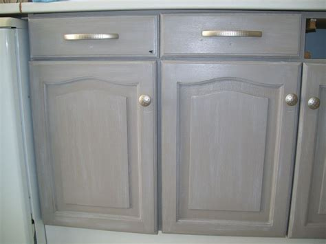 meuble de cuisine repeint table rabattable cuisine peindre des meubles de